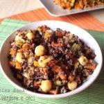 Quinoa con verdure e ceci