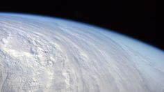 Atmospheric Phenomena: Breathtaking pictures taken from the Space Station ISS Space And Astronomy, Ice Age, Space Station, Outer Space, Cosmos, Airplane View, Science Fiction, Waves, Earth