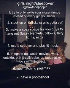Teen Sleepover, Fun Sleepover Ideas, Sleepover Activities, Sleepover Party, Slumber Parties, Pajama Party, Slumber Party Favors, Summer Activities, Girl Life Hacks