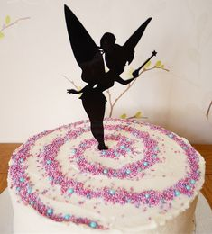 Peter Pan themed cake ⭐️ tinkerbell cake topper and colourful sprinkles! Tinkerbell Cake Topper, Tinkerbell Birthday Cakes, 3rd Birthday Cakes, Fairy Birthday Party, Tinker Bell, Disney Cakes, Novelty Cakes, Homemade Cakes, Cake Creations