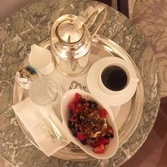 Rise and Shine... Greek yoghurt with homemade granola and berries drizzled with pomegranate honey... so yum. But first coffee...  #newyork #newyorkcity #business #palacehotel #lottenypalace #midtown #hotel #hotellife #hotelfood #foodie #breakfast #hungry #yum #berries #healthyeats #simpleeats #fitfood #butfirstcoffee #coffee #goodmorning #riseandshine