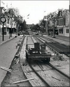 Construction of Disneyland, 1954   Retronaut