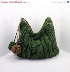 Crochet over sized green hobo bag, crochet beaded bag, pompom hobo bag, crochet… Bag Crochet, Crochet Cable, Crochet Purses, Bags 2014, Mk Purse, Boho Bags, Patchwork Bags, Beaded Bags, Cheap Bags