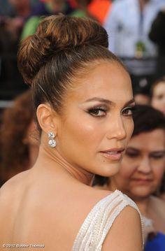 Jennifer Lopez #oscars 2012