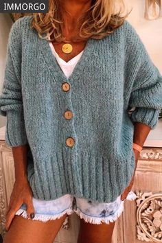 Solid Cable-knit Chunky knit V-Neck Cardigan - Sweaters - veryvoga Plus Size Sweaters, Casual Sweaters, Loose Knit Sweaters, Chunky Cardigan, Sweater Cardigan, Cardigan Pattern, Vogue Knitting, Online Shopping Clothes, Types Of Sleeves