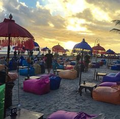 Double Six, Bali - amazing service while sitting in a beach chic club at sunset!