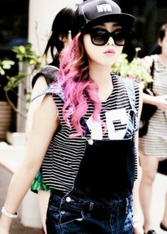 Find images and videos about kpop, yg and on We Heart It - the app to get lost in what you love. 2ne1, Hairstyles Haircuts, Street Chic, Kim Kardashian, Overalls, Hair Cuts, Punk, Stylish, Hair Styles