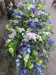 Morbid I know but this is the style of funeral casket spray I want at my funeral. Spring flowers in Muted colours. Casket Flowers, Grave Flowers, Cemetery Flowers, Funeral Flowers, Wedding Flowers, Remembrance Flowers, Memorial Flowers, Funeral Floral Arrangements, Flower Arrangements