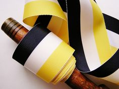 striped bow round the waist