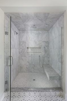Master Shower with Floating Bench - Premier Design Custom Homes Master Bath Layout, Small Bathroom Layout, Master Bath Shower, Small Bathroom With Shower, Shower With Bench, Master Bathroom, Shower Benches, Narrow Bathroom, Guest Bathrooms