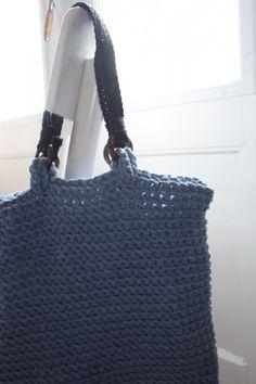 Easy crochet shopping bag