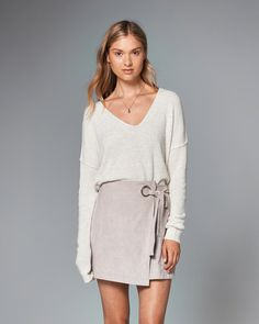 Abercrombie & Fitch Faux Suede Wrap Skirt ($58): One twirl in this ballet-inspired wrap skirt will have you hitting pirouette perfection. Pair it with a lightweight sweater for a cozy look or a black bodysuit and heels for a girls' night out.