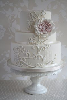 Bird Sanctuary wedding cake | Flickr - Photo Sharing!