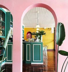 bold pink and green paint. / sfgirlbybay