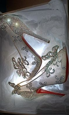 Christian Louboutin OFF! Cinderella shoes by Christian Louboutin:I Guarantee You WONT Turn Into A Pumpkin! Cute Shoes, Me Too Shoes, Shoes Uk, Shoes Heels, Prom Heels, Cinderella Shoes, Cinderella Slipper, Christian Louboutin Outlet, Crazy Shoes