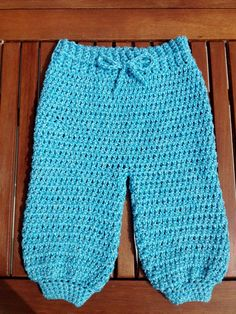 Pantalón a croché - Pantalones en crochet con subtitulo de BerlinCrochet