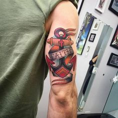 Risultati immagini per old school anchor tattoo designs Sailor Tattoos, Mom Tattoos, Trendy Tattoos, Tattoos For Guys, Tattoos For Women, Tricep Tattoos, Bicep Tattoo Men, Tattos, Tattoo Arm
