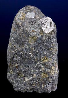 4 ct Diamond in Kimberlite matrix / Mir Pipe, Russia