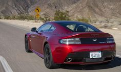 2015 Aston Martin V12 Vantage S Photo by: Aston Martin