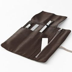 Famm Pen Case — Better Living Through Design Leather Pencil Case, Leather Cover, Fancy Pens, Edc Everyday Carry, Pen Case, Leather Pieces, Leather Craft, Leather Backpack, Iphone