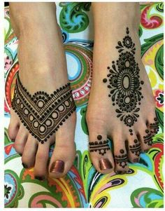 Mehndi is one of the vital part of the culture. Today, Mehendi design on the foot is as common as on the palm. Here is a list of foot mehndi designs Henna Tattoo Designs, Henna Tattoos, Henna Designs Feet, Henna Ink, Henna Body Art, Mehndi Tattoo, Tattoo Designs For Women, Foot Tattoos, Temporary Tattoos
