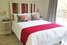 Mountain Villa - Clarens Golf & Trout Estate Accommodation. Mountain Villa, Golf Estate, Queen Room, Free State, Queen Size Bedding, Double Beds, Two Bedroom, Trout, Lounge