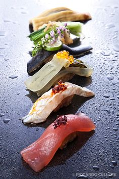 Sushi Chef Keitaro Kaizen Sushi Bar and Restaurant Sushi Bar, Sushi Menu, My Sushi, Sushi Love, Sushi Chef, Sushi Comida, Nigiri Sushi, Sashimi, Food Plating Techniques