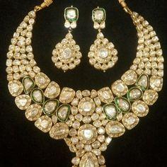 Uncut bridal necklace