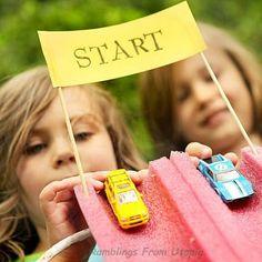 Anniversaire voitures - jeu de petites voitures DIY ! A car-race game DIY for kids