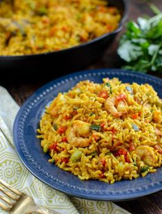 A simple tasty packed with flavour One Pan Syn Free Prawn and Vegetable Pilaf for an easy any day meal. I love one pan rice dishes like this Prawn and Vegetable Pilaf because it's perfect Slimming World Meal Prep, Slimming World Recipes Syn Free, Slimming Eats, Seafood Recipes, Indian Food Recipes, Soup Recipes, Cooking Recipes, Healthy Recipes, Free Recipes