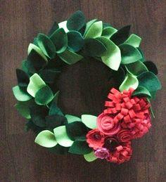 Felt Christmas Wreath by PuroLove