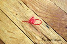 35 House Cleaning Tips - Remove permanent marker from wood. Old Wood Floors, Cleaning Wood Floors, Wooden Flooring, Hardwood Floors, Laminate Flooring, Household Cleaning Tips, House Cleaning Tips, Cleaning Hacks, Fall Cleaning