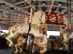 carousel_horse.jpg (2100×1575)