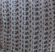 Gratis patroon sprei waarmee je net zo veel lapjes haakt als je nodig hebt voor de sprei en deze naai of maas je met de hand aan elkaar vast. Lees de