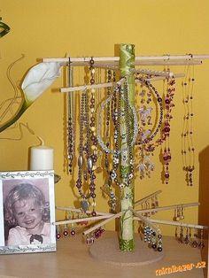 Jak vyrobit stojánek na šperky