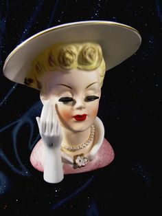 "VINTAGE NAPCO LARGE 6 1/2"" HEAD VASE PINK DRESS LARGE HAT PEARLS C5047"