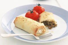 Arabic Food Recipes: Moroccan Recipe: Moroccan filo mince rolls - Recipe for Moroccan filo mince rolls Savoury Pastry Recipe, Savoury Mince, Savoury Dishes, Mince Recipes, Cooking Recipes, Cooking Tips, Savoury Recipes, Cheap Meals, Easy Meals