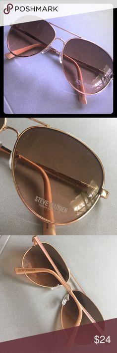 Steve Madden Sunglasses-  Beautiful Color! NWOT-  Beautiful Rose Gold Metal Steve Madden Aviators. 100% UV Absorptive! Steve Madden Accessories Sunglasses