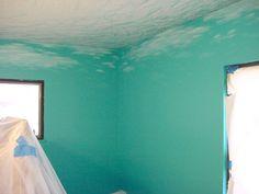 Lori's Mermaid Bedroom 05 - - Swirls on the ceiling and light reflections on the water surface. The illusion begins. Underwater Bedroom, Shark Bedroom, Future House, My House, Sea Bedrooms, Ocean Room, Ocean Bathroom, Mermaid Bedroom, Disney Home