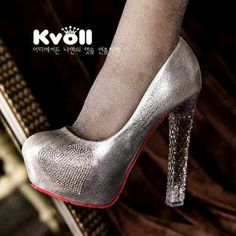 READY STOCK KVOLL ORIGINAL KODE : KF009-Silver Love PRICE : Rp.370.000,- AVAILABLE SIZE : 35  FOR ORDER : SMS/WHATSAPP 087777111986 PIN BB 766a6420 FB : Mayorishop