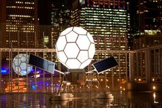Glowing Solar-Powered Buckyball Sculpture Illuminates the Art Institute of Chicago With Moonlight