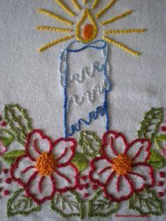 Não deu tempo de fazer os arremates,mas a gente guarda para 2011... Christmas Embroidery Patterns, Christmas Applique, Machine Embroidery Patterns, Embroidery Fashion, Cross Stitch Embroidery, Hand Stitching, Needlework, Christmas Embroidery, Hand Embroidery Patterns