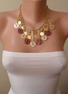 Color dorado - Beige y marrón - botón collar con cadena - diseño Speacial