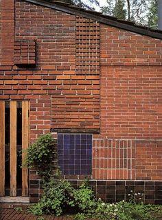 architecture contemporaine finlandaise : Alvar Aalto, Summer House de Muuratsalo, Finlande, 1953, briques