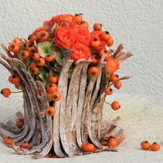 floral DIY Craft Ideas diy craft ideas for mother's day Flower Decorations, Wedding Decorations, Decor Crafts, Diy Crafts, Mother's Day Diy, Simple Flowers, Floral Bouquets, Autumn Inspiration, Ikebana