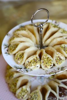 Ramadan Kareem to all of my amazing readers that observe the holy month of Ramadan! Today I'm sharing with you an amazing Ramadani Middle Eastern dessert that is only served during the holy month of Ramadan in the Middle East! There is something wonderful Middle East Food, Middle Eastern Desserts, Middle Eastern Dishes, Ramadan Desserts, Ramadan Recipes, Ramadan Food Iftar, Ramadan Meals, Lebanese Desserts, Lebanese Recipes