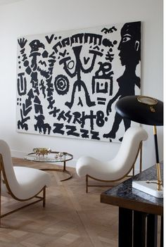 Seating area in a Parc Monceau Apartment designed by Pierre Yovanovitch. Interior Exterior, Best Interior, Modern Interior Design, Modern Interiors, Luxury Interior, My Living Room, Living Spaces, Pierre Yovanovitch, Deco Studio