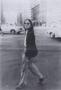 Diane Keaton  http://www.backroom.it