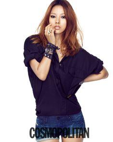 Lee Hyori ☆ for cosmopolitan Beautiful Asian Women, Beautiful Gowns, Lee Hyori, Asian Woman, Asian Girl, Lee Min Jung, Medium Hair Styles, Long Hair Styles, Eyeliner Looks