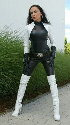 Your Big Daddy want some Hot Pink pussy too with very sexy hard Big Juicy Dick right now Baby Girl High Leather Boots, Leather Gloves, Leather Pants, Leather Catsuit, Thigh High Boots Heels, Hot High Heels, White Boots, Sexy Boots, Botas Sexy